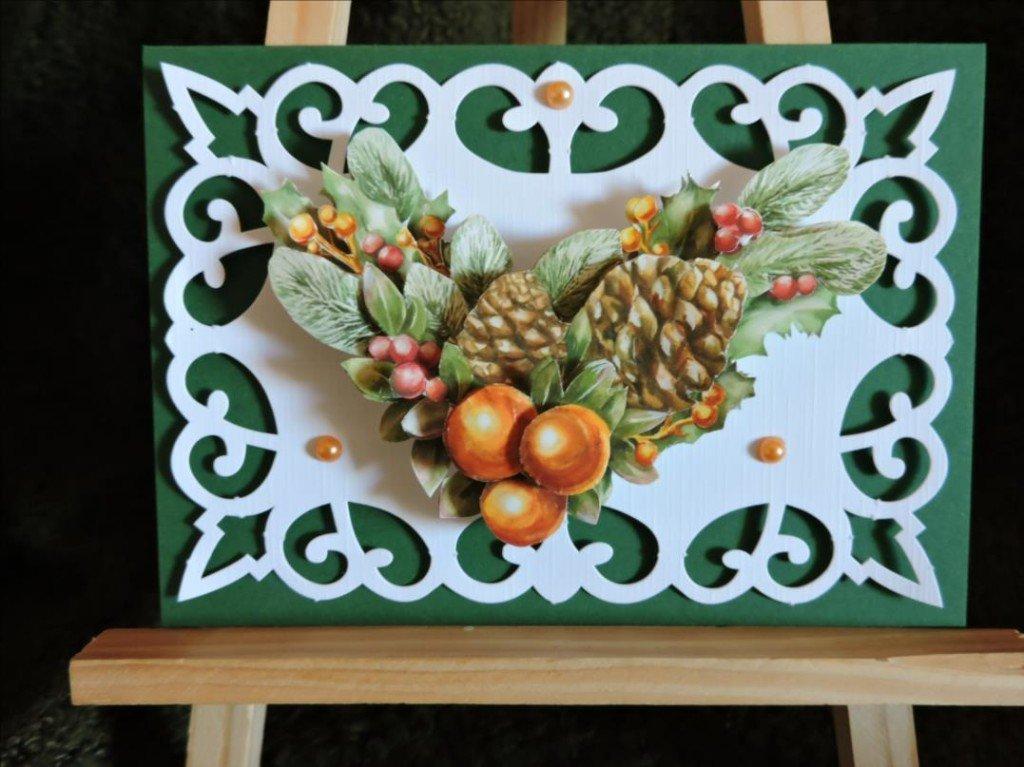 Carte 3D - Noël 2017 - Couronne de l'Avent  pommes de pins et boules de Noël oranges-DSCN0795