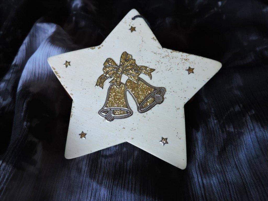 Serviettage Noël 2017-DSCN0840-Etoile de Noël aux cloches dorées